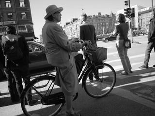 自転車で横断歩道を楽に渡るためのハック